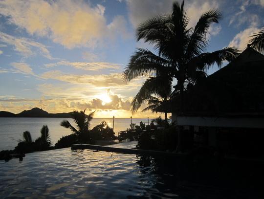 západ slunce na Fiji