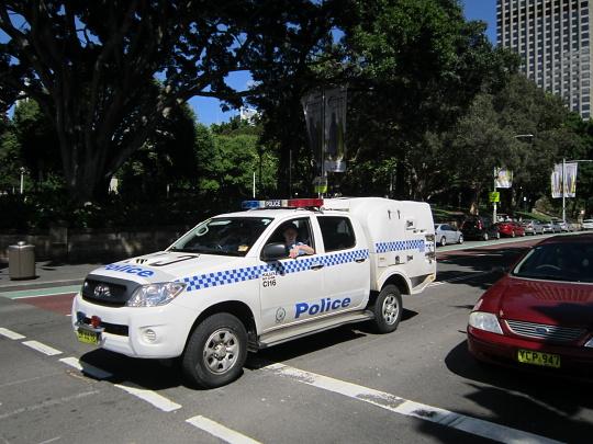 policii mají všude