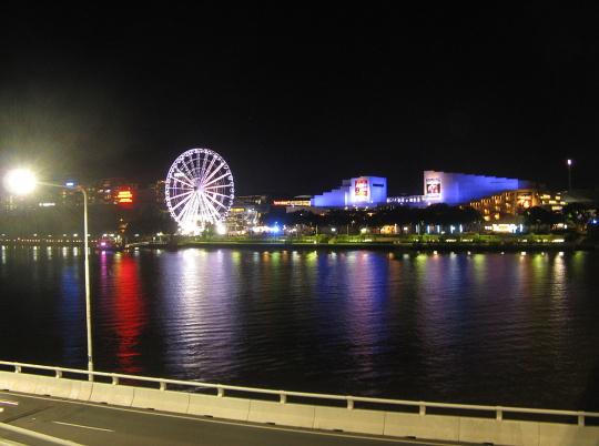 noční Brisbane